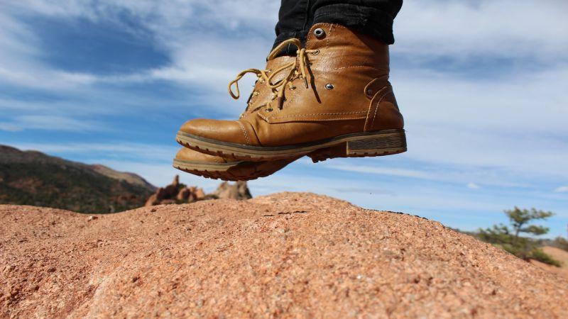 Dame Met Dementie Maakt Een Wandeling Van 640 Kilometer